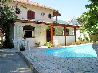 Sobrado 6 suites, perfeita para família, piscina, churrasqueira, wi-fi, sky