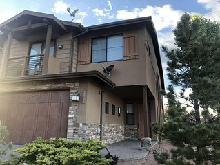 4 Bedroom Luxury Townhome minutes from downtown Payson