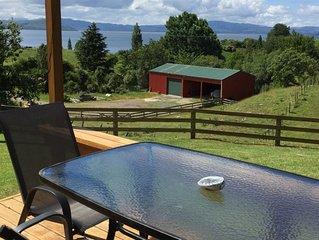 Kiwi Style Bach Lake Views