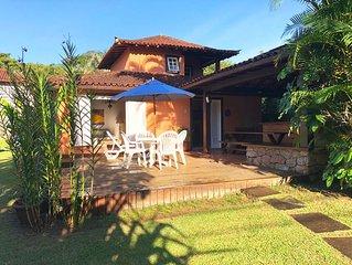Descubra o paraíso ! Casa com 3 suites no melhor condomínio de Angra!