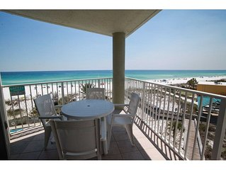 SeaCrest 501A - Perfect getaway for 2 - Water view - 1 Bedroom 1-Bath Studio-ful