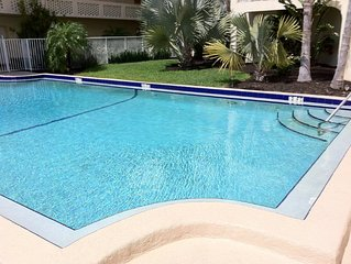 1 Block 2 Beach! Ft. Lauderdale Beach Intracoastal Condo