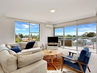 Light filled apartment with views from the city to North Bondi