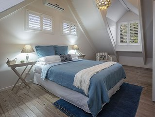 Fabulous Noosa Beach Cottage (now with heated pool)
