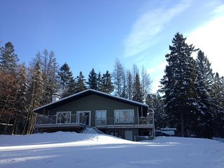 Nice cottage by the lac neigette in the small city of Lac-Beauport