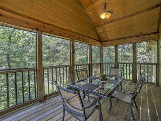 2BR Branson West Cabin w/Great Community Amenities