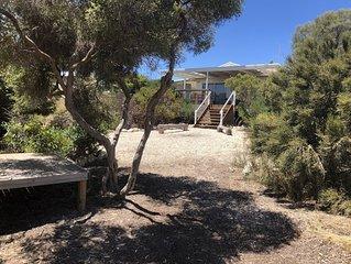 Barefoot Beachhouse on the edge of Innes National Park