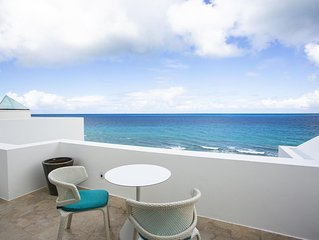 Beachfront, Heated Jacuzzi by Pool, Gym, Fitness centre, Tennis court, WiFi