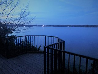 Beautiful Scenic Lakehouse on Lake Granbury
