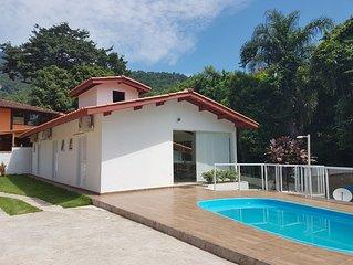 Casa em Ilhabela com vista para o verde