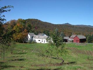 Spruce Hill Farm - 1850 Farmhouse on 50 Acres - 10 min to Mt Snow!!