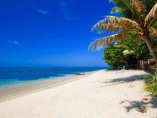 Luxury Beachfront  on the Beach Sleeps 6