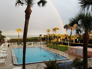 GREAT Ocean Views - 2 bd 2 ba Cocoa Beach