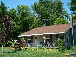 Charming Year-round 2 Br Cottage On Lake Champlain
