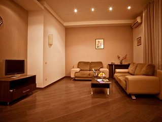 Spacious VIP apartments, center