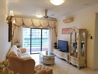 ComfortStayz * Marina Court Resort Condominum