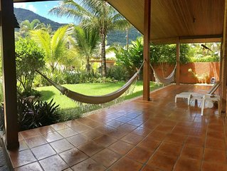 Casa  C.Pedra Verde Ampla e Charmosa Pertinho da Praia -Ar.Cond Todos os Quartos