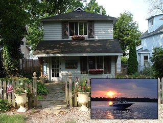 A Great Cottage on Lake Lansing - Great Views of The Lake - A Piece of Paradise!