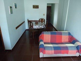 Apto a uma quadra da praia c/ 2 dorms (1 suite) 100 m2 area util