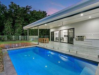 Luxury HQ in Palm Cove
