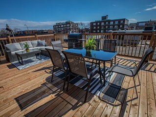 Renovated Downtown Montreal 4BR 2Bath and Patio/BBQ + FREE Parking On Premises