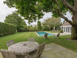 Beautifully Decorated Wainscott Home, S of Highway w/ Chefs Kitchen, Heated Pool