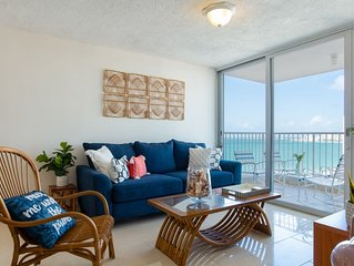 The Seagull | 2 bedroom with breathtaking ocean views and direct beach access