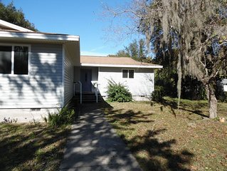 4 Bedroom 2 bath Home on Little Lake Henderson