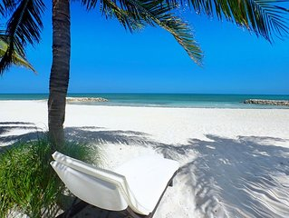 Beachfront! Family Friendly! - White Sand - Palm Trees