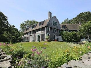Large Private Waterfront Estate Near Newport & Narragansett