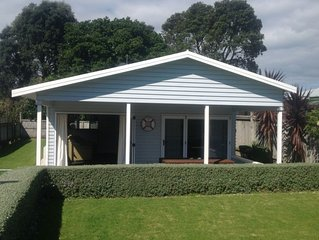 COOL Waihi Beach House North End Fully fenced pet friendly