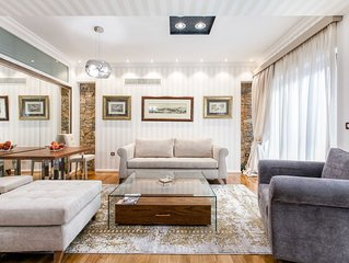 Beverly Suite (I) in Plaka by JJ Hospitality