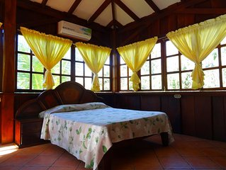 Casa Tucansillo in tropical garden