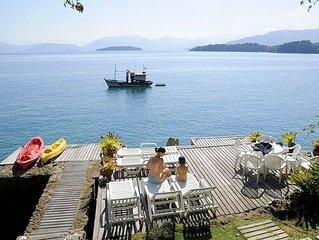 4 Suites em frente ao mar no paraiso