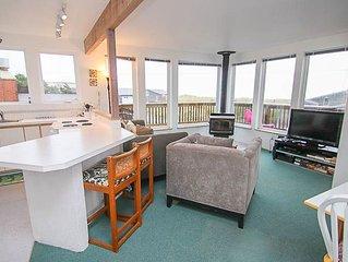 Cozy Beach Castle has Panoramic Views, Wrap-Around Deck With Ocean Views!