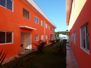 Boraceia - Apto em condominio fechado - 2 dormitorios - 1 garagem - 350m do mar