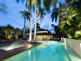 Spacious Villa Close to Minitas Beach, Huge Pool, Waiter, Housekeeping, AC, Free
