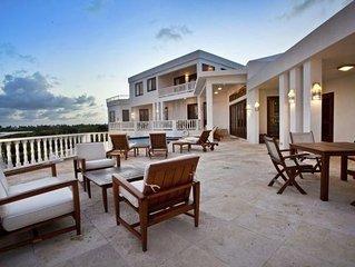 Stunning Beachfront Villa, 3 Pools, Hot Tub, Shared Estate Fitness Facility, Gym