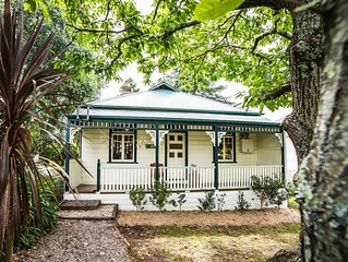 Cottawalla - charming original early 1900's cottage with everything at your door
