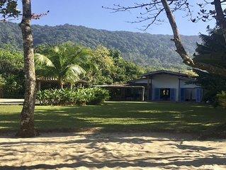 Villa Blu - Beach Front Retreat