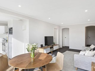 A PERFECT STAY – Ace's Place - perfectly located near Chapel and Swan streets