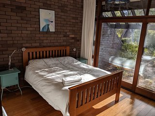 Two bedroom townhouse - Cook, play, relax, exercise