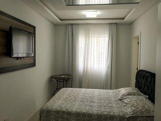 Apartamento super luxo, 3 suítes com split, vista para mar, Wi-Fi.