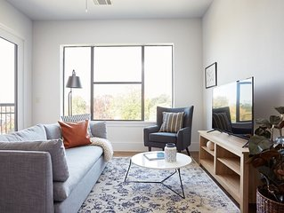 Sonder | The Hampstead | Grand 2BR + Parking