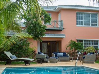 Dunn's House - Spacious Family Friendly Home with a Pool steps to the Beach