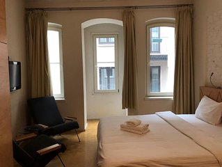 Stylish 35 sqm Private Studio in the Heart of the City