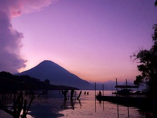 Amazing Lake Front House in Lake Atitlán AT005