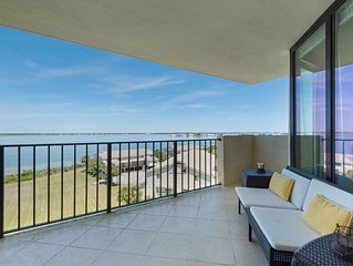 Santa Rosa Dunes 1062 - Beautiful 1bedroom/1.5 bathroom condo.Free WiFi. POOL
