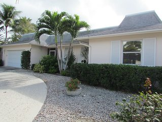 FAMILY FRIENDLY 4 BR  MARCO ISLAND HOME W/ HEATED POOL CLOSE TO EVERYTHING!