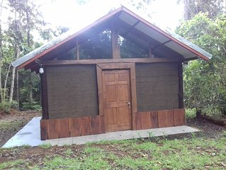 Bungalow with a Mountain view and waterfalls tours in Platanillo de Baru